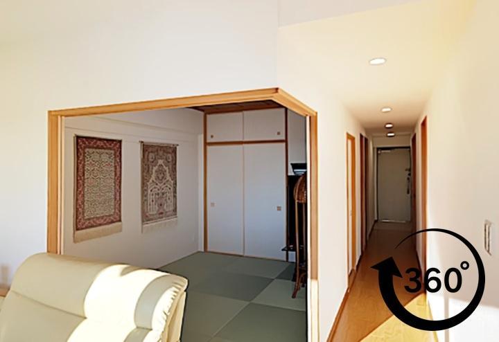 間取り変更なしでキッチン・浴室・洗面・トイレ・床・壁紙をリフォームしたパノラマ事例(360°)